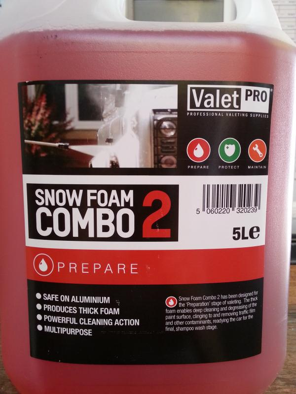 review valet pro snow foam combo foto 39 s filmpjes. Black Bedroom Furniture Sets. Home Design Ideas
