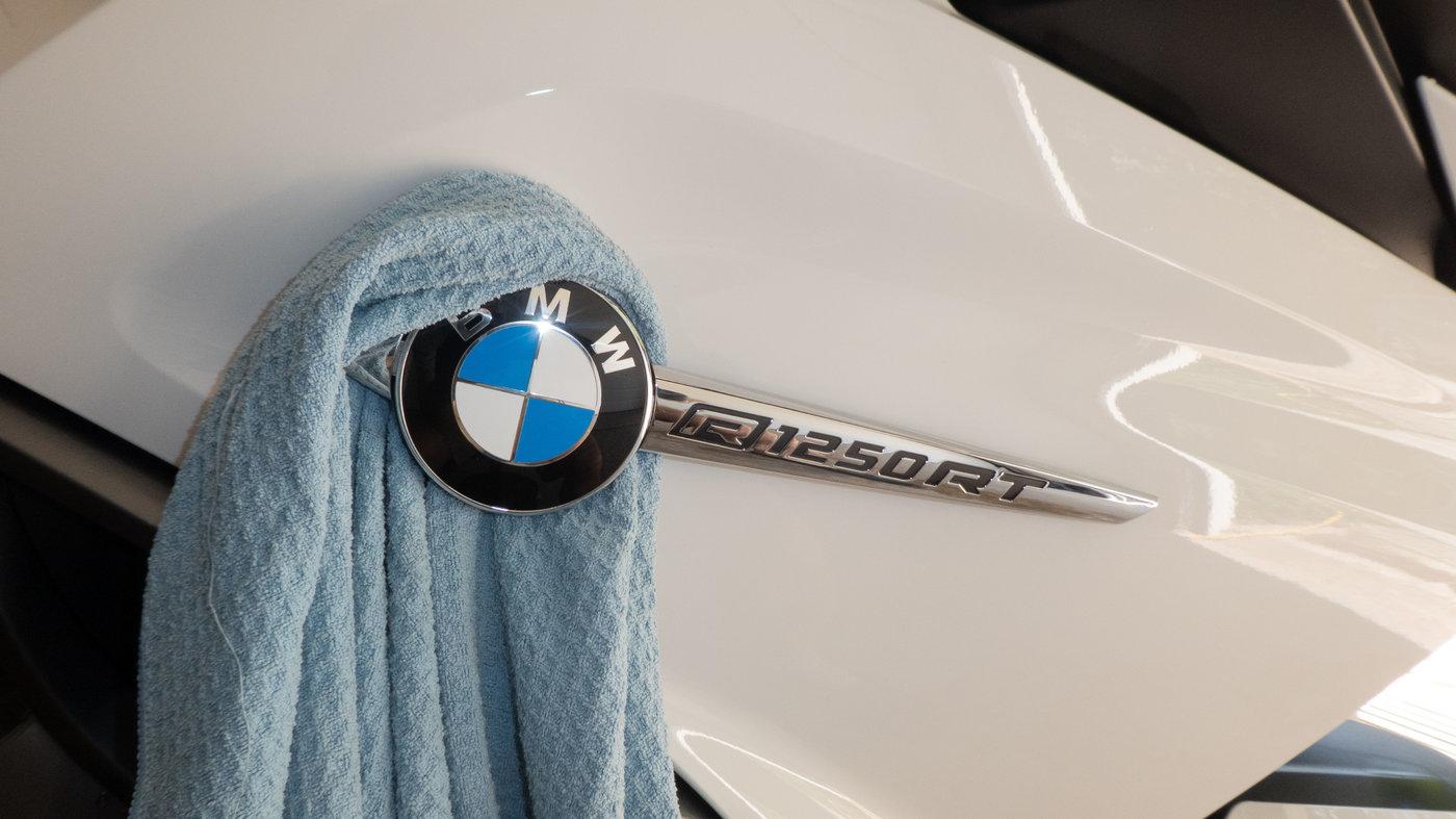 210719 BMW R1250RT II 34 Logo.jpg