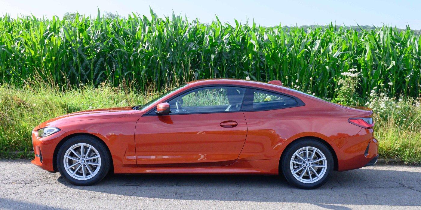 210725 BMW 4 05 show off linkerzijde.jpg