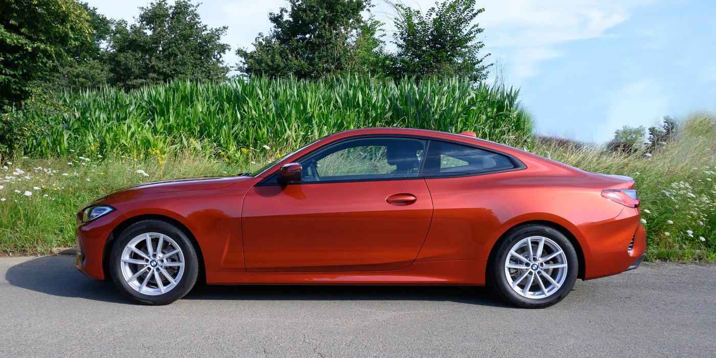 210725 BMW 4 15 linkerzijde.jpg