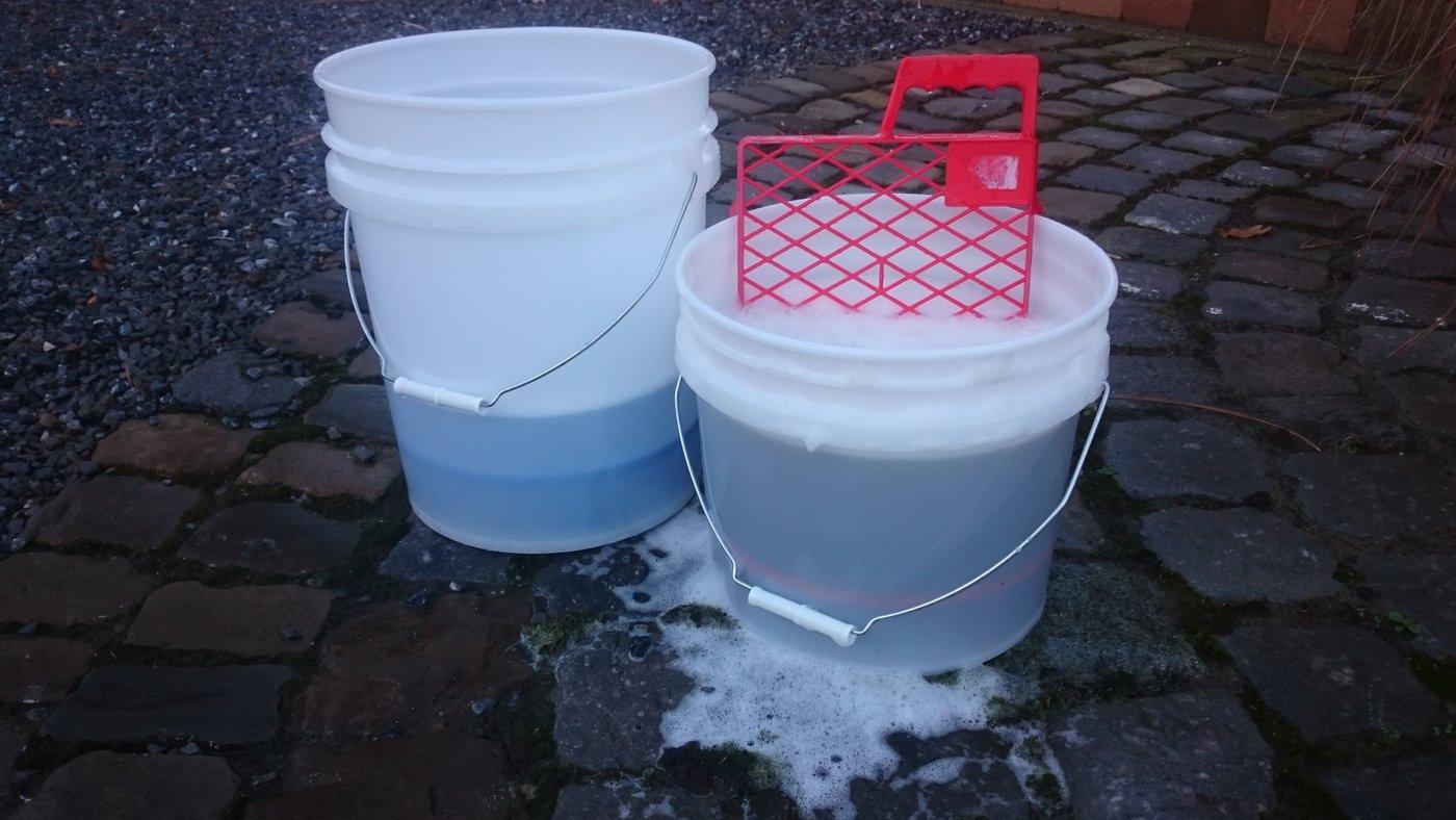 Toilet Met Wasfunctie : Buckets vs bucket vs no bucket alternatieve was methode