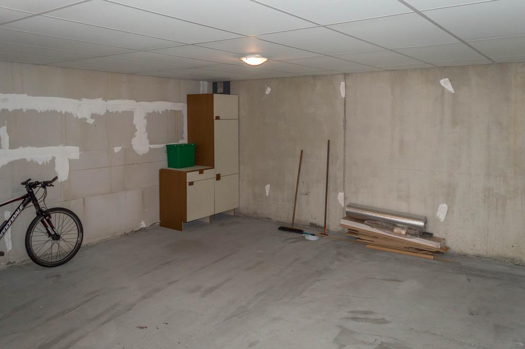 Garage-3_zps6o2vclgb.jpg