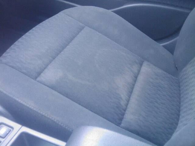 Lastige plekken vlekken interieur hoe schoon te maken for Interieur auto schoonmaken