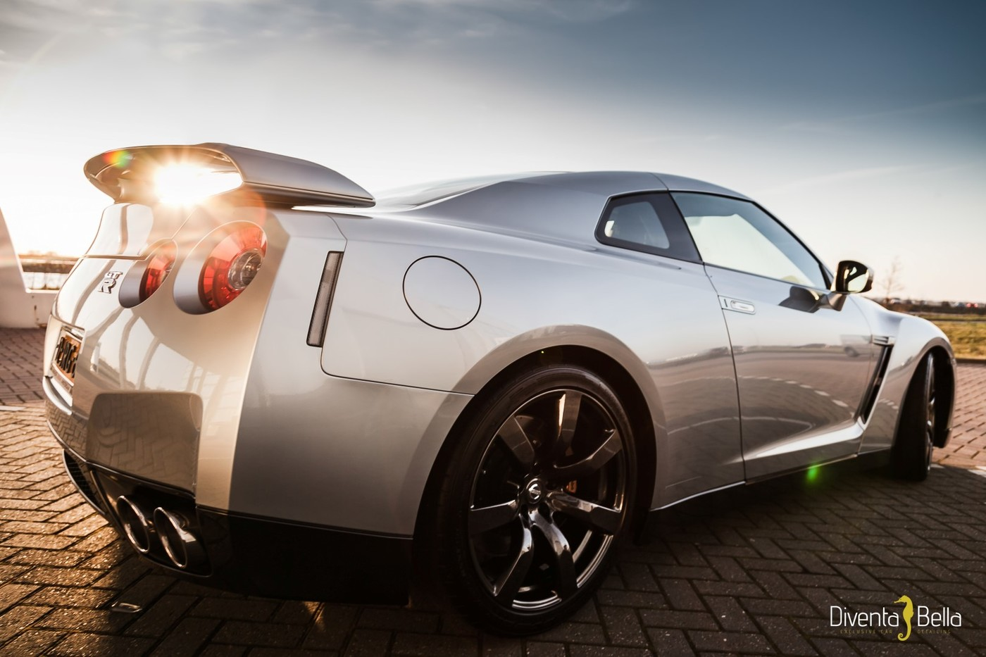 Nissan_GTR%20(1).JPG