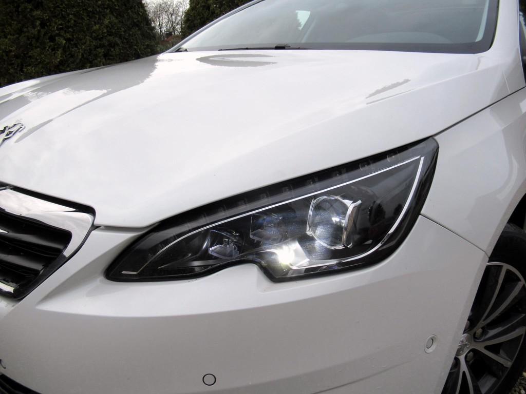Peugeot-308-1-6-BlueHDi-5-drs-16.jpg