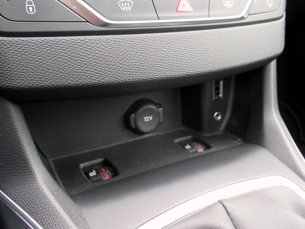 Peugeot-308-1-6-BlueHDi-5-drs-18.jpg