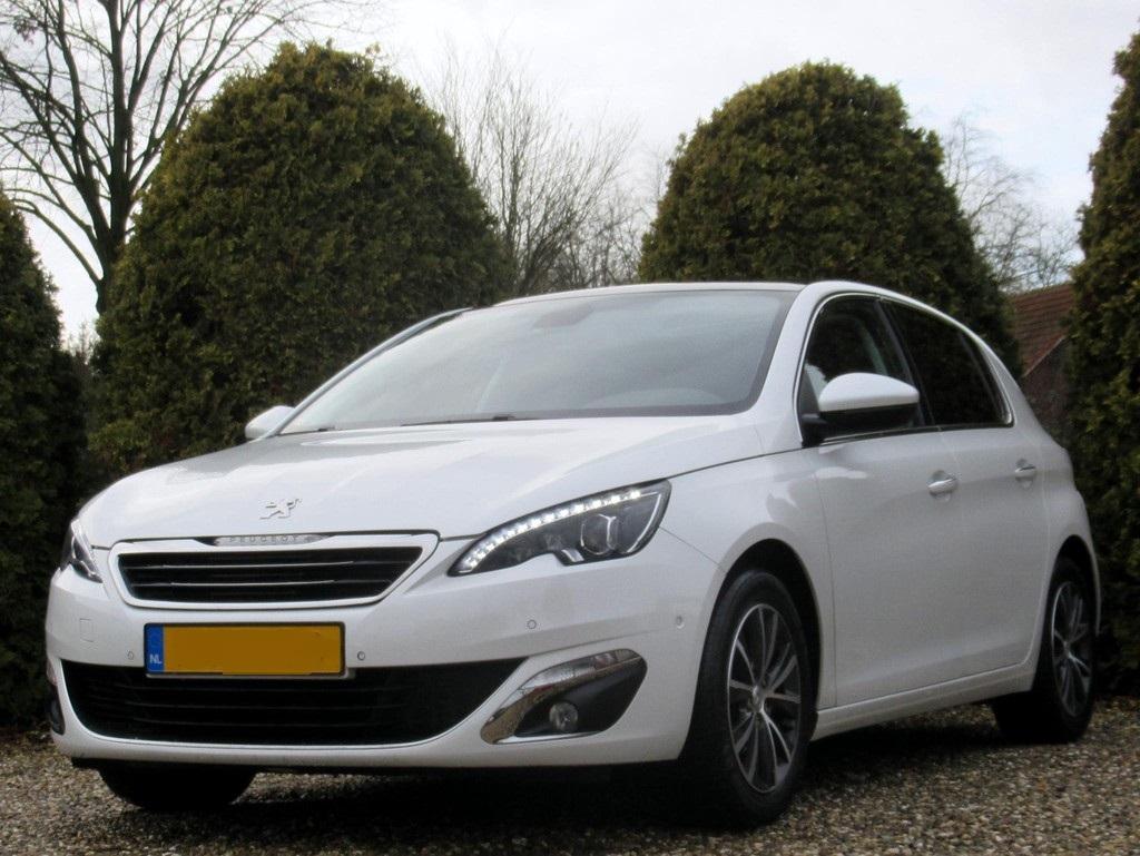 Peugeot-308-1-6-BlueHDi-5-drs-5.jpg