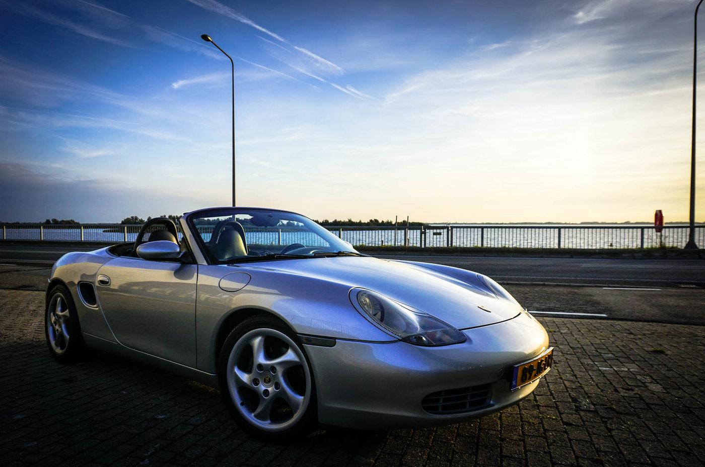Porsche-18.jpg